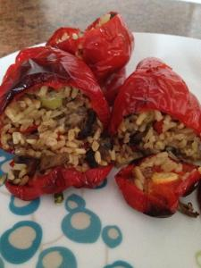 Guten-free stuffed peppers with sausage meat, rice and chillie